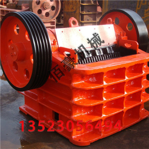 水泥生产中生料和熟料系统中的破碎机设备